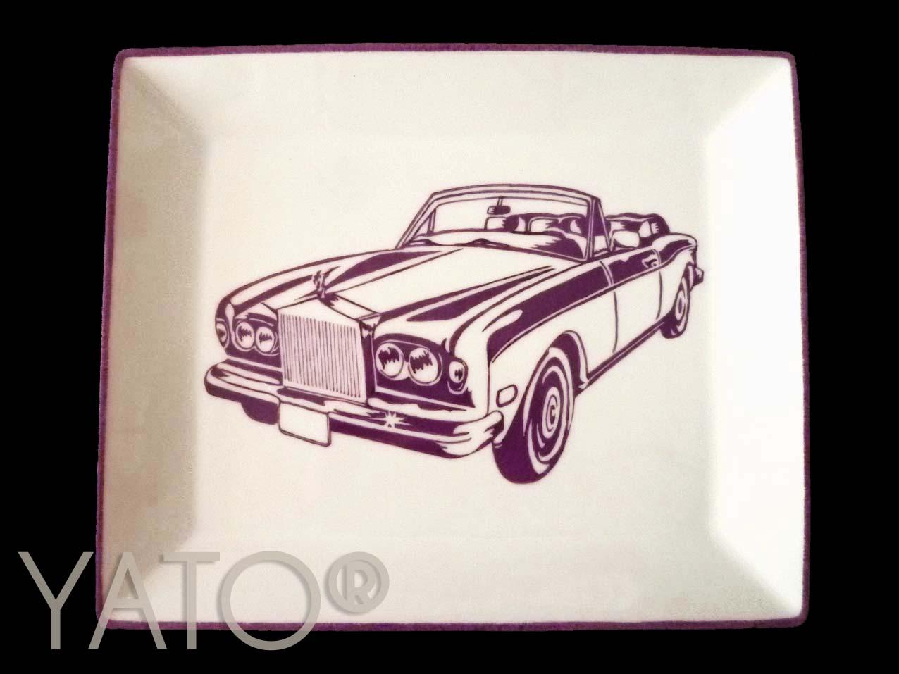White – Cars rolls
